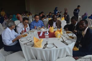 kuala-lumpur-international-business-economics-law-academic-conference-2016-malaysia-organizer-break-lunch (14)