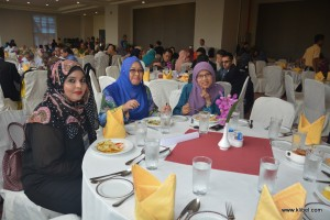 kuala-lumpur-international-business-economics-law-academic-conference-2016-malaysia-organizer-break-lunch (15)