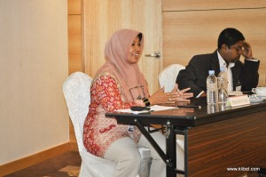 kuala-lumpur-international-business-economics-law-academic-conference-2017-malaysia-organizer-presentation (12)